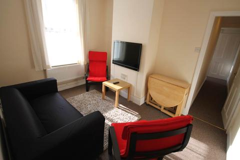 4 bedroom house share to rent - Bass Street, Derby,