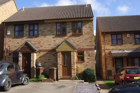 2 bedroom semi-detached house to rent - Dongola Road, Strood, Rochester