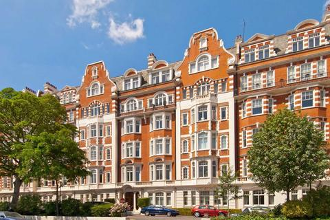 4 bedroom flat for sale - North Gate, London, NW8