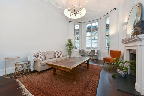 3 bedroom flat to rent - Cadogan Square, Knightsbridge, SW1X