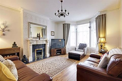 3 bedroom terraced house for sale - Mortimer Road, South Shields, Tyne And Wear