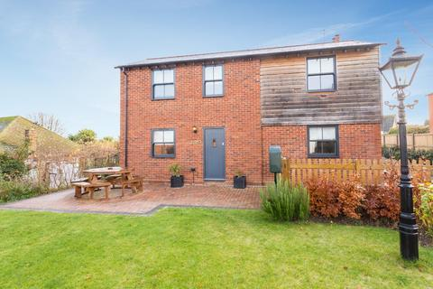 3 bedroom detached house for sale - Gore Lane, Eastry, Sandwich