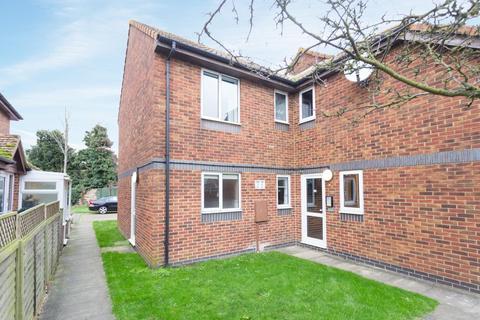 1 bedroom flat for sale - Walcheren Close, Deal