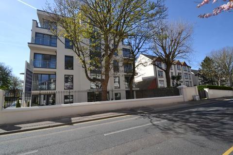Parking to rent - Dyke Road, Brighton, BN1 3GZ