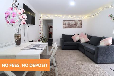 2 bedroom apartment to rent - Gold Street, Adamsdown, Cardiff