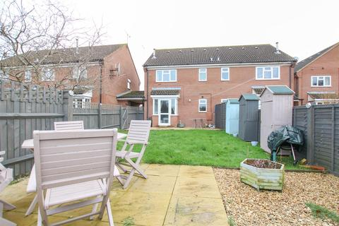 1 bedroom terraced house for sale - Iris Close, Aylesbury