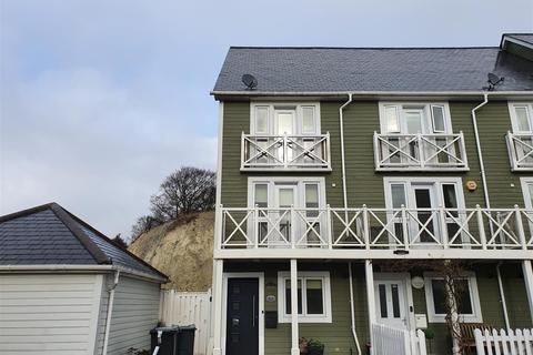 3 bedroom townhouse to rent - Alisander Close, Snodland