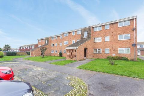 2 bedroom flat for sale - Eynsford Close, Cliftonville, Margate