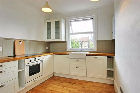2 bedroom flat to rent - Lytton Avenue, Palmers Green, London