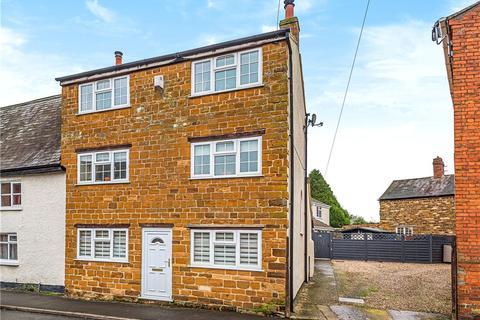 3 bedroom terraced house for sale - Church Street, Weedon, Northampton, Northamptonshire
