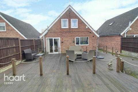 3 bedroom detached house for sale - Pine Close, Chaddesden