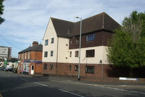 2 bedroom ground floor flat to rent - Abbotts Place, Chelmsford CM2