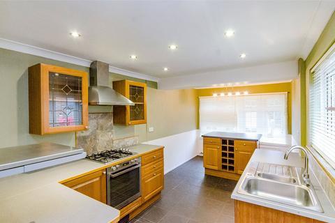 4 bedroom semi-detached house to rent - Forstal Lane, Coxheath, Maidstone, Kent, ME17