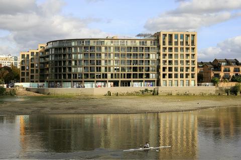 2 bedroom flat for sale - Queens Wharf, Crisp Road, London, W6