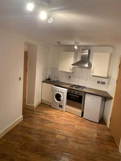 Studio to rent - Lower Ground Floor, East India Dock Road, Limehouse Link, E14