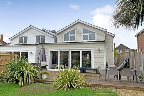 4 bedroom detached house to rent - Lulworth Avenue, Poole, BH15