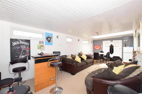 3 bedroom detached bungalow for sale - Long Reach Close, Whitstable, Kent