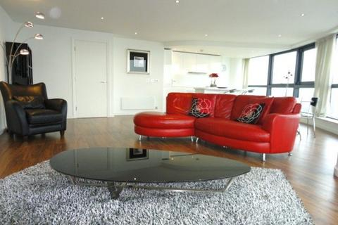 2 bedroom penthouse to rent - Bridgwater Place, Water Lane