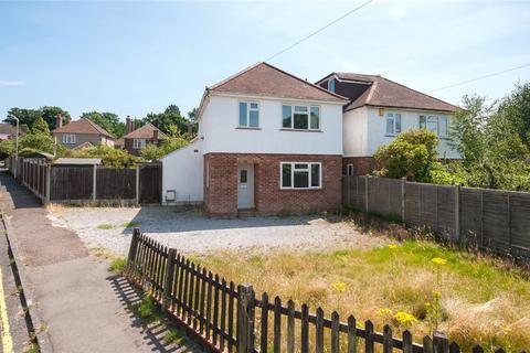 3 bedroom detached house for sale - Lambarde Drive, Sevenoaks, Kent