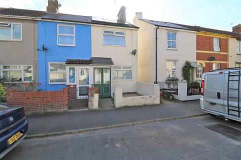 2 bedroom end of terrace house for sale - Manor Road, Harwich, CO12