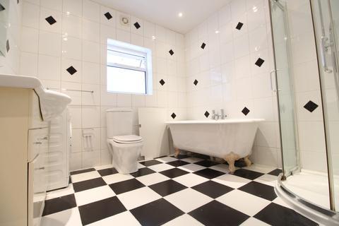 2 bedroom maisonette to rent - Chestnut Road, Enfield, EN3