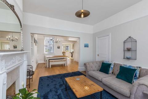 2 bedroom maisonette to rent - Seaside Family Retreat
