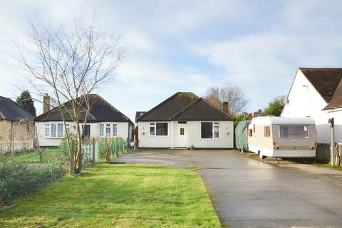 3 bedroom detached bungalow for sale - The Grove, WALTON-ON-THAMES, Surrey