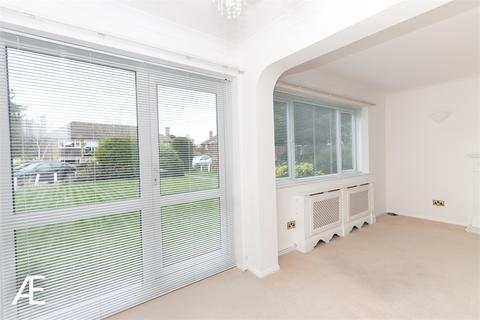 2 bedroom flat to rent - Trinity Close, Bromley, Kent