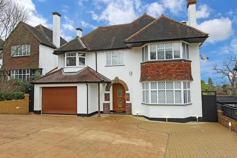 6 bedroom detached house for sale - Beeches Walk, Carshalton