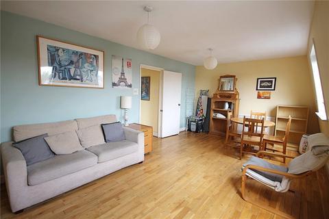 2 bedroom apartment to rent - Bolingbroke Road, Brook Green, W14