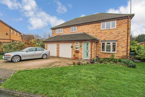 5 bedroom detached house for sale - Coppice End, Highwoods, Colchester, CO4 9RQ