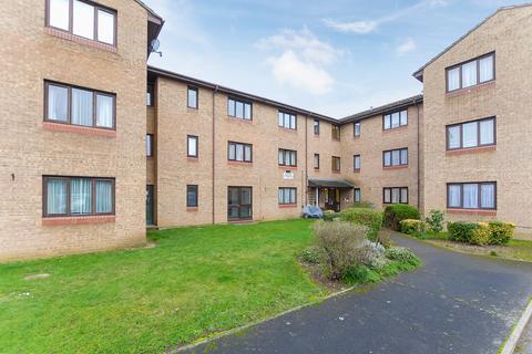 2 bedroom apartment for sale - Verona Close, Cowley