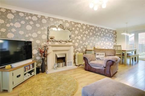 3 bedroom semi-detached house for sale - Godwin Road, Stratton, Swindon, Wiltshire, SN3