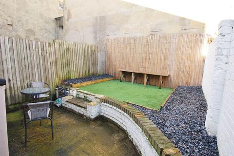 1 bedroom flat to rent - Birkbeck Road , Sidcup, Kent