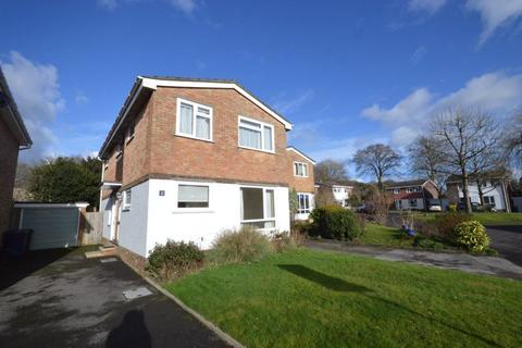 4 bedroom detached house for sale - Manor Lea, Haslemere NO ONWARD CHAIN