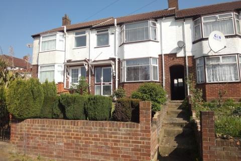 3 bedroom terraced house to rent - Preston Gardens, Luton, Beds, LU2 7NL