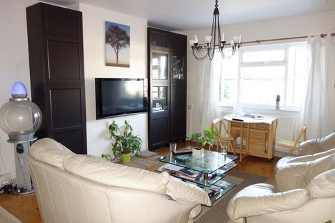 2 bedroom flat to rent - Kingston Road, Kingston, KT1 3PB