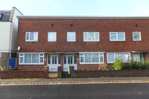 3 bedroom terraced house to rent - St. Pauls Road, Southsea
