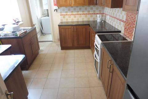 4 bedroom terraced house to rent - Britannia Road North, Southsea