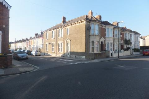 6 bedroom terraced house to rent - Francis Avenue, Southsea