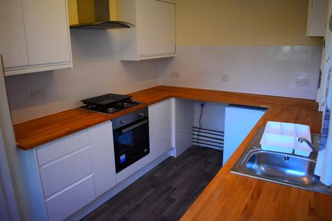 4 bedroom house share - Fawcett Road, Southsea