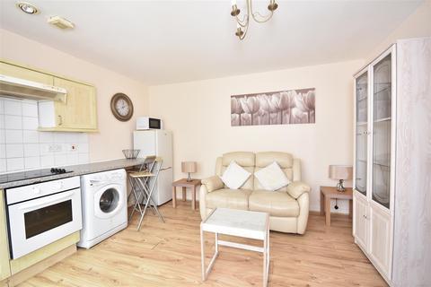1 bedroom flat to rent - 8 Pembroke BuildingsPier StSwanseaWest Glam