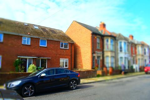 6 bedroom end of terrace house to rent - Delamere Road, Southsea