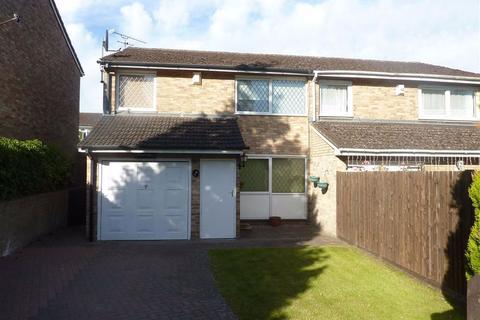 3 bedroom semi-detached house to rent - Lowfield Road, Caversham Park Village, Reading