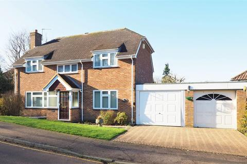 4 bedroom detached house - Sandy Mount, Bearsted, Maidstone
