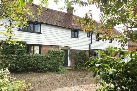 3 bedroom detached house for sale - Church Street, Hadlow, Tonbridge