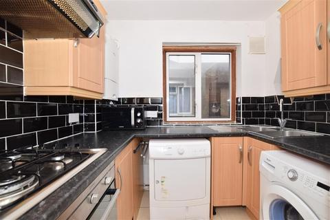 3 bedroom maisonette for sale - Perry Street, Crayford, Kent