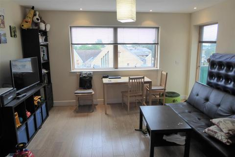 1 bedroom flat for sale - Bell Road, Hounslow