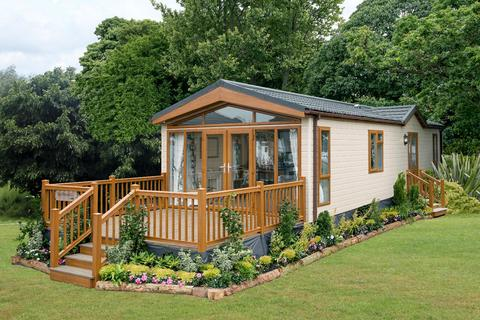 2 bedroom lodge for sale - Tallington Lakes Tallington Lakes, Barholm Road, Tallington  PE9