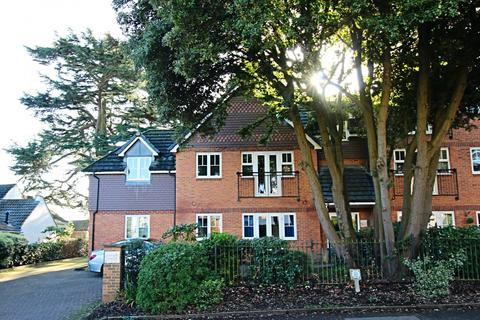2 bedroom apartment to rent - Cedar House, 75 Harrow Lane, Maidenhead, SL6 7NY
